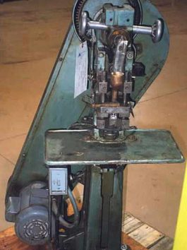 Stokes Model E (518-2) 1 1/2 Ton Powder Compacting Press (AA-5368)