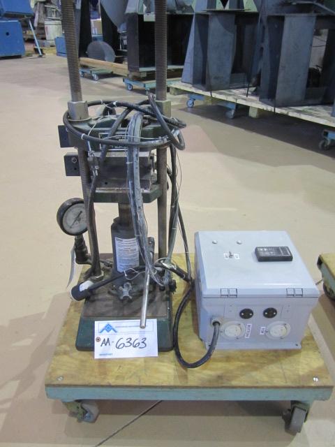 Carver Model C, 12 ton Lab Platen Press (AA-6363)