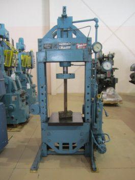 K.R. Wilson 75 Ton Capacity Hydraulic Platen Press (AA-6490)