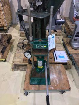 Carver Model C 12 Ton capacity, Lab Platen Press (AA-6998)