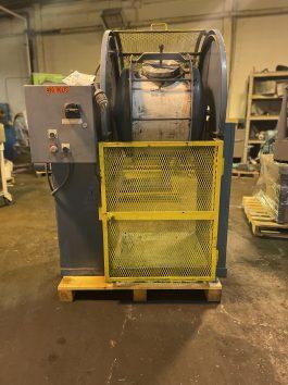 U.S. Stoneware Ball Mill Model 564 (27 gallon capacity) (AA-8099)